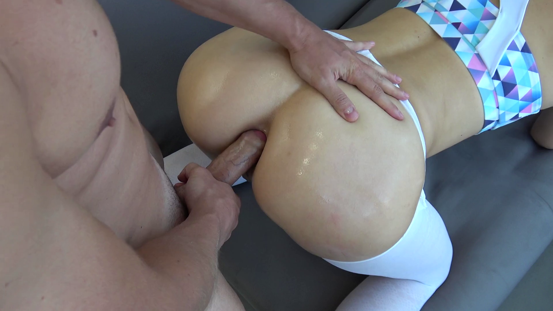 Young blonde slut emma heart cumming with ass on big black cock